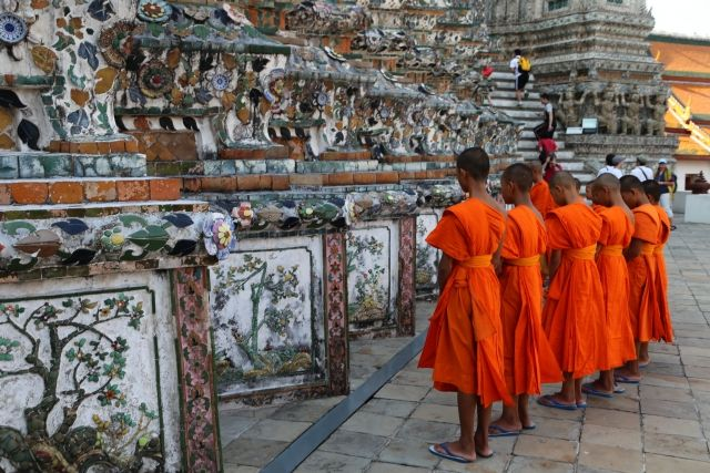 【魂】チベット密教僧が光を放ちながら消える、鋼鉄のように身体が残る例も…「虹化」現象とは?