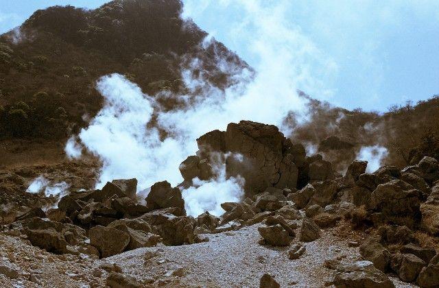 鹿児島・霧島市での地下爆発、いまだ原因不明…火山ガスの可能性も?