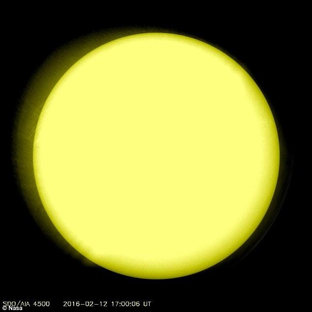 「太陽の活動が停止」黒点がない…ミニ氷河期を引き起こす可能性