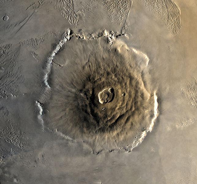 【火星】超巨大火山の噴火により火星は激変 「数億年続いた火山性の隆起により、火星表面が20~25度傾いた」