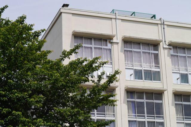 横浜市内の小中学校に放射性廃棄物が…子供らの近くに原発事故の「汚染ゴミ」を保管していた