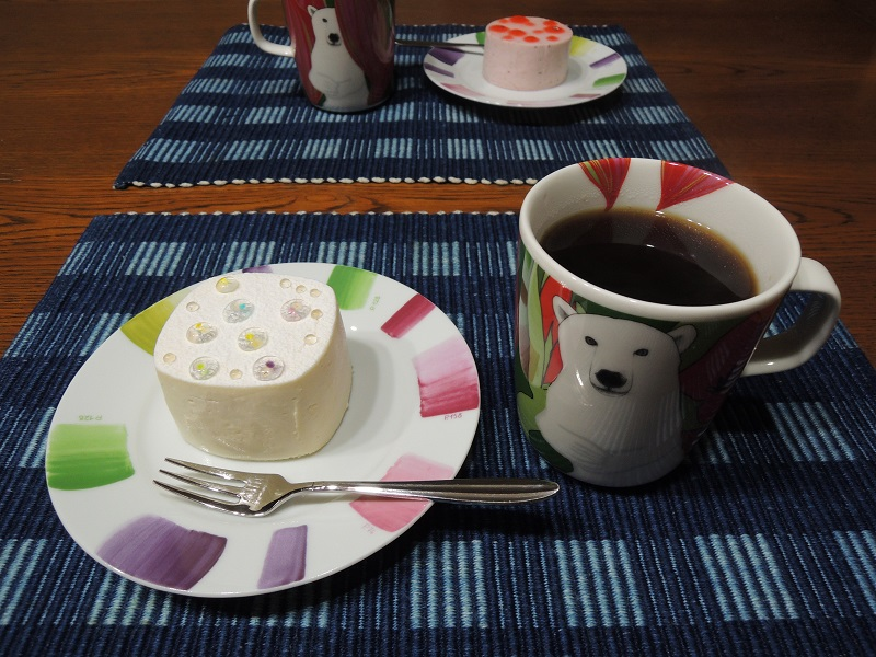 マールブランシュのケーキ 珈琲と一緒に