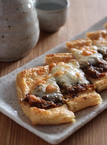 油揚げのふきのとう味噌チーズ焼き