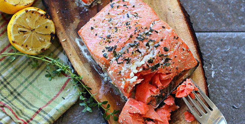cedar-salmon-bbq-blvd_825x420.jpg