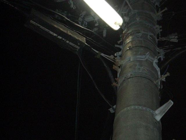 フリー画像古い電信柱