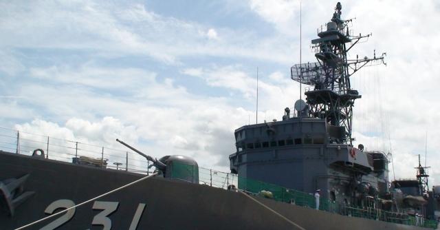 海上自衛隊の船の乗組員が、金曜日にカレーを食べるのは何故?