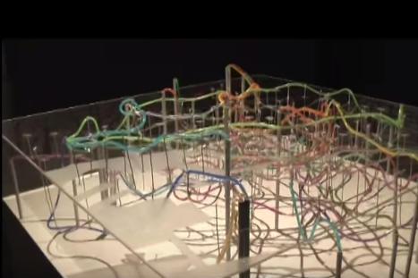 きれいだが、どこか不気味?-東京の地下鉄を3次元で再現した路線図模型「東京動脈」