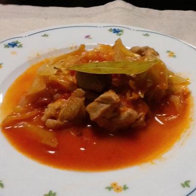 チキンとキャベツのトマト煮