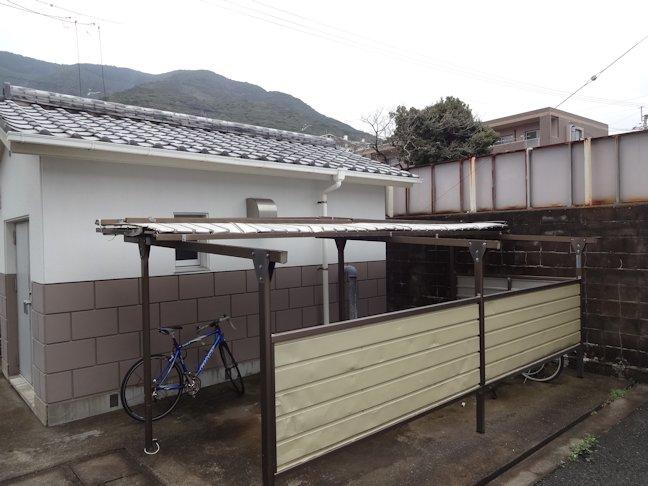 駐輪場屋根補修