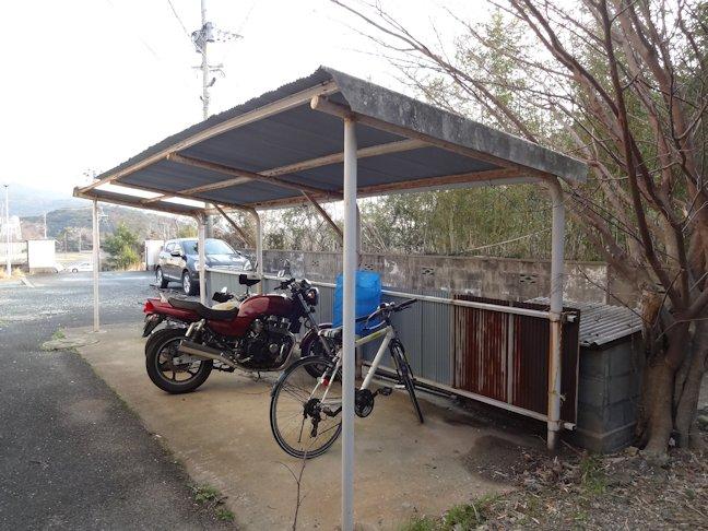 駐輪場屋根・壁補修  完了