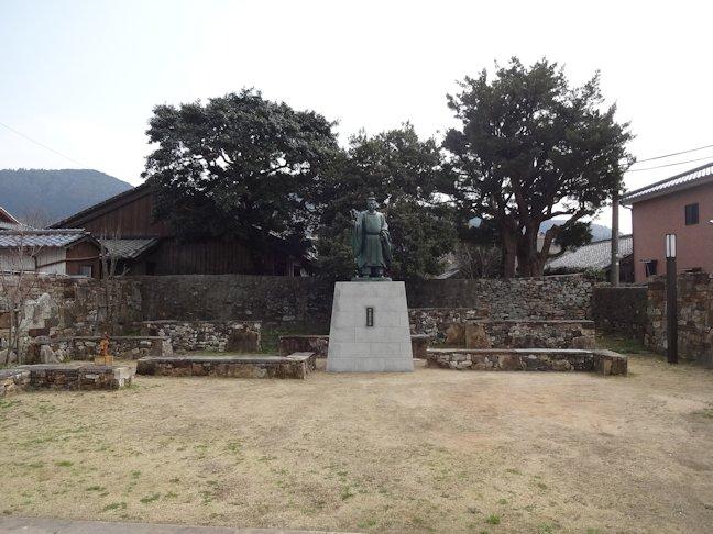 宗義智公の銅像工事 完了